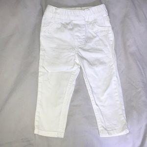 Cute White Jeans with eyelet details on pockets